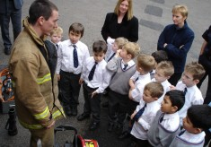 White Watch visit a school and show the kids about childsafety