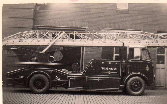 1950's Blackburns turntable ladder  GXA 64