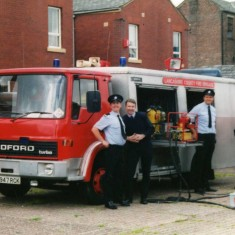 the guys from Accrington bring over their Emergency Tender to show off with some equipment in front